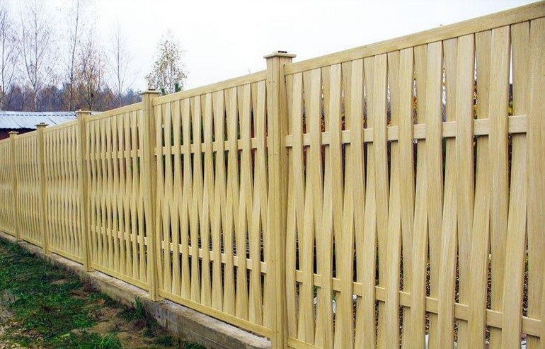 Забор плетенка для дачи