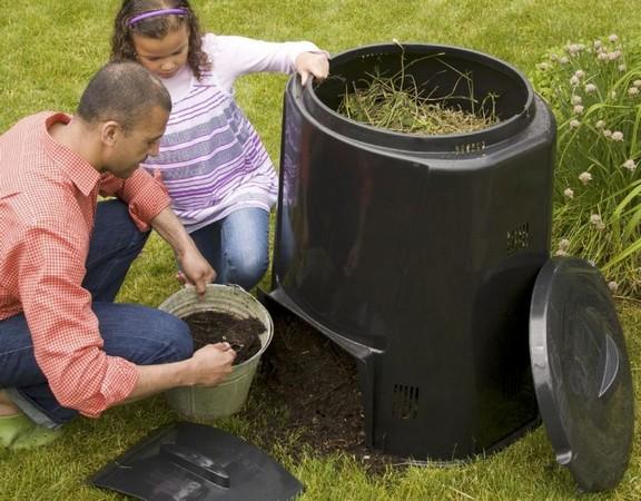 Как правильно приготовить компост и правила его применения